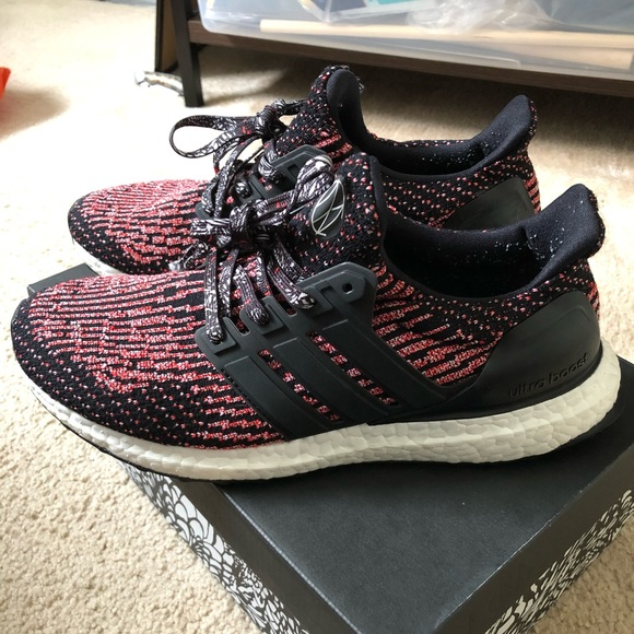 LIMITED DISCOUNT】Adidas Ultra Boost Chinese New Year Detail